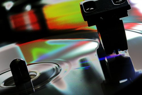Vinyl vs. Digital - Missing the point? (Photo: spacepleb@Flickr)