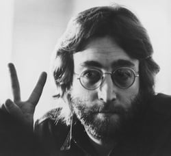 This man knew the importance of the V chord (Photo: Yoko Ono)